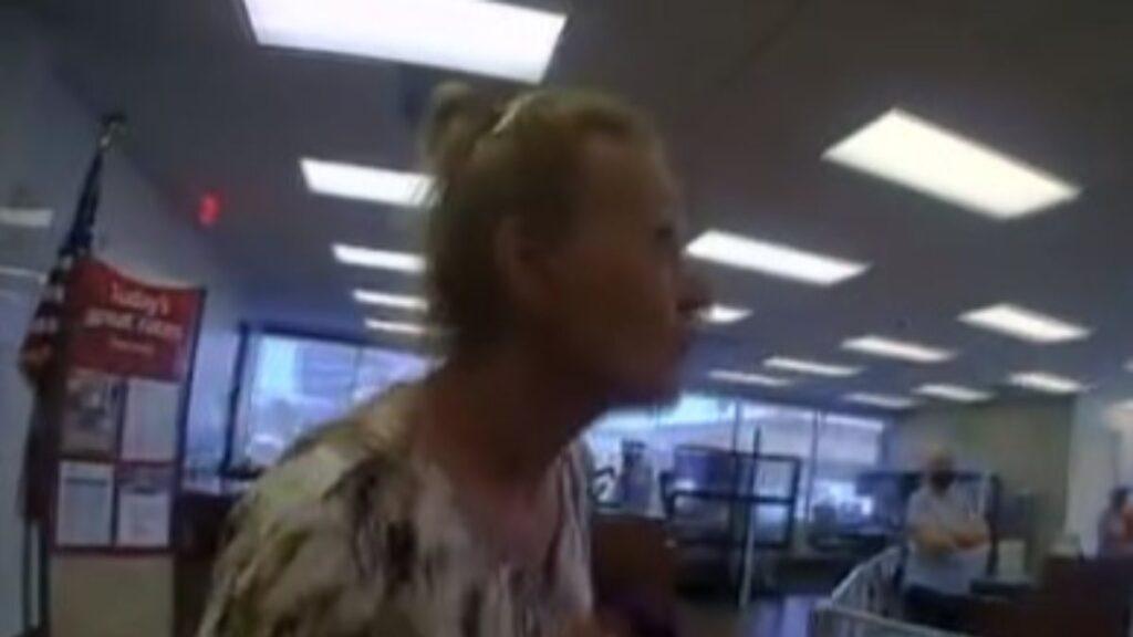 ABD'de polis, maske takmayan kadını gözaltına aldı