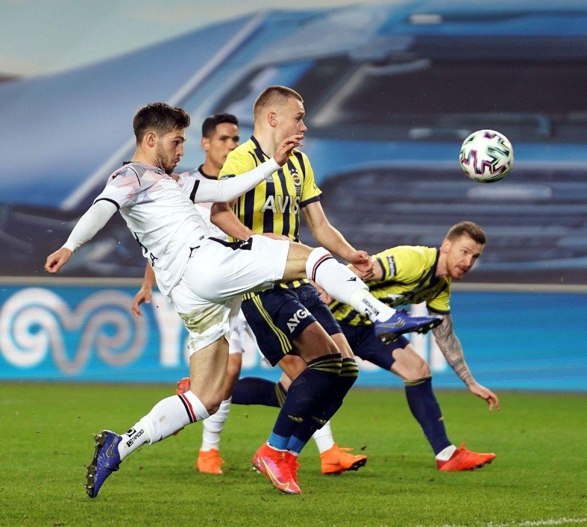 Fenerbahçe, Kadıköy de bu kez de Gençlerbirliği ne kaybetti #1