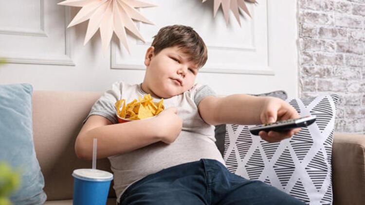 Hareketsiz kalan çocuğun kilo almasını önleyecek tavsiyeler