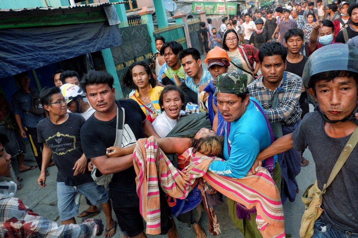 Myanmar daki protestolarda en az 38 kişi öldürüldü #1