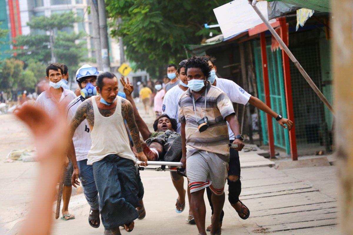 Myanmar daki protestolarda en az 38 kişi öldürüldü #2
